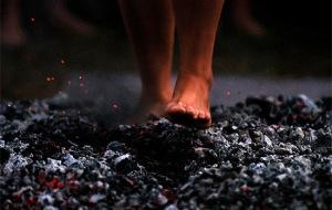 walk-barefoot-01