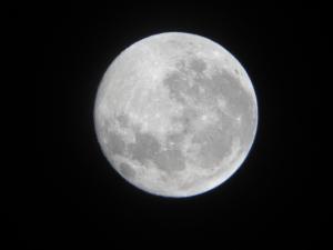 stockvault-full-moon157085